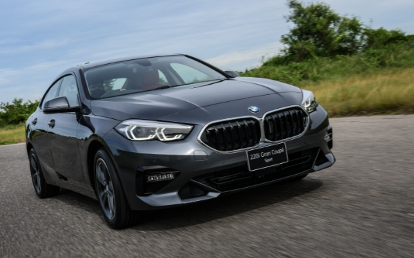 The new BMW 220i Gran Coupe Sport 2022